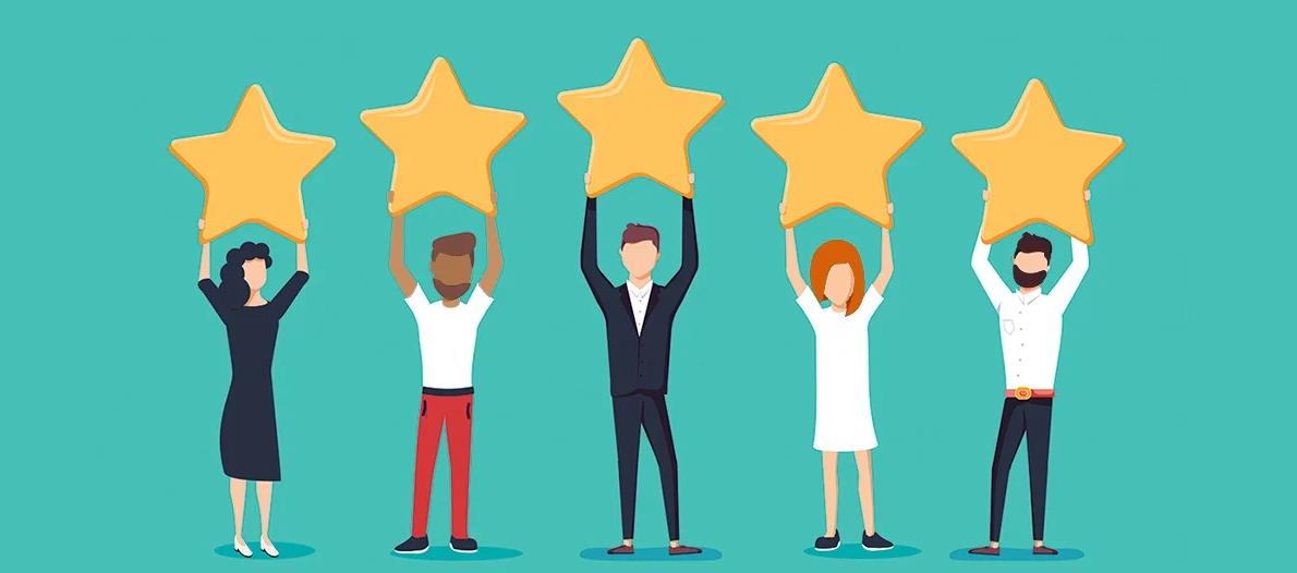 Trabajadores y trabajadoras puntuando al máximo su ambiente laboral mostrando estrellas, ilustración